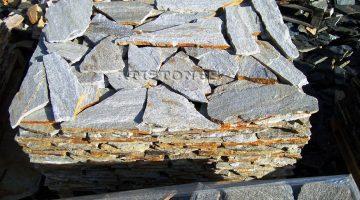 Laisvų gamtinių formų skaldytas akmuo gneisas CS2