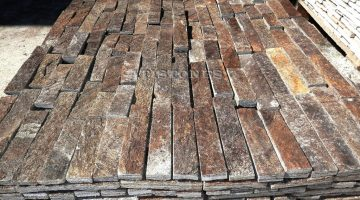 Laisvų gamtinių formų skaldytas akmuo gneisas D3 5 cm x FL