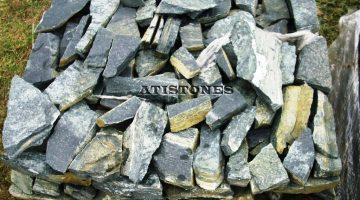 Laisvų gamtinių formų skaldytas akmuo gneisas FZ