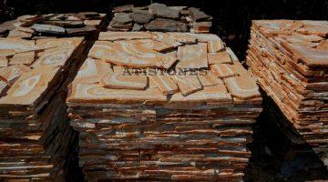 Laisvų gamtinių formų skaldytas akmuo gneisas G4